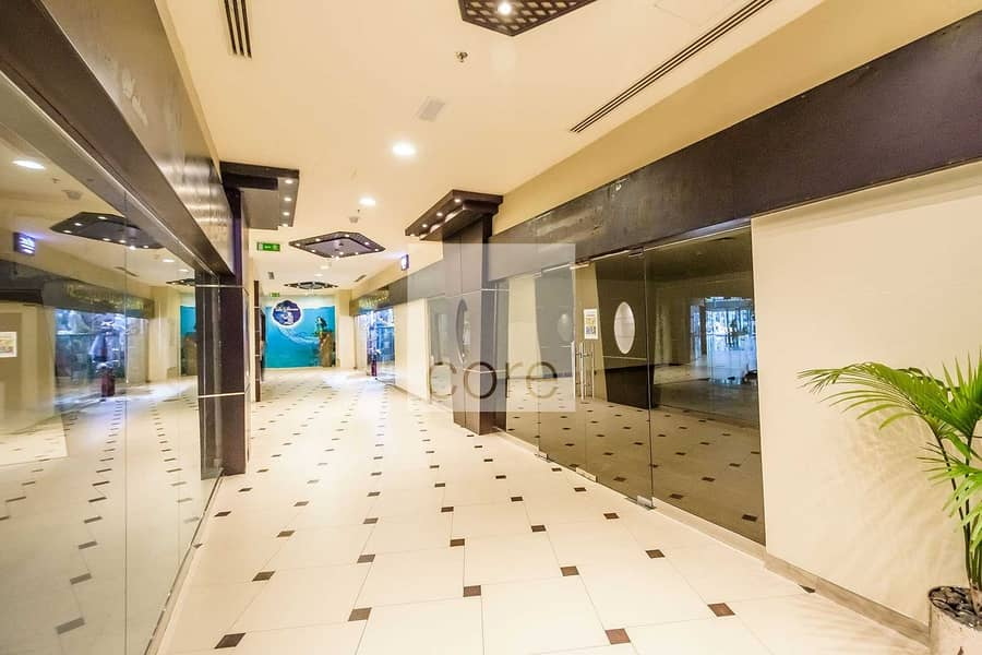 10 Spacious Retail Unit   Prime Location   Fitted