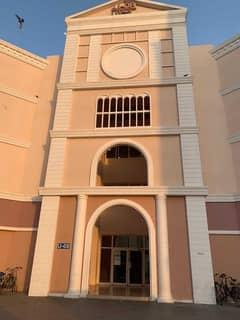 شقة في الحي الإيطالي المدينة العالمية 17000 درهم - 5347416