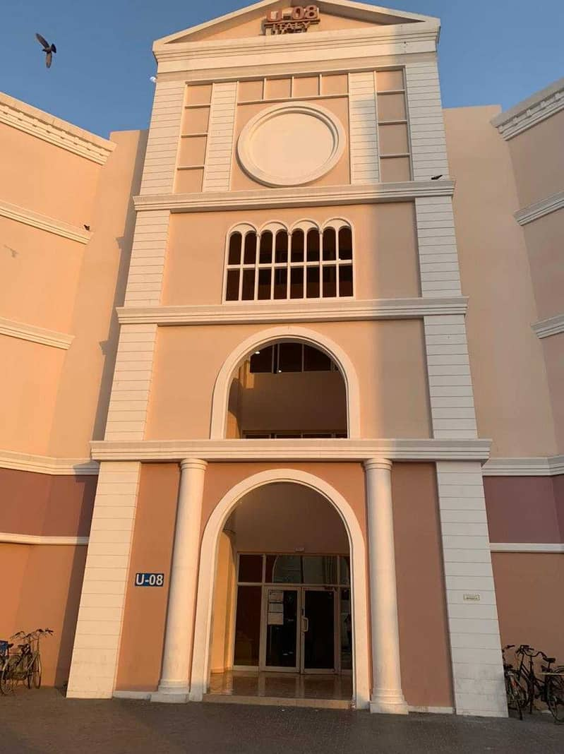 Studio in U-08 Italy Cluster Only For Families 17K 6 Chqs