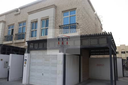 2 Bedroom Villa for Rent in Al Satwa, Dubai - Prime Location   4 Cheques  1 Min From Sheikh Zayed   corner