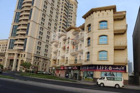 فلیٹ 3 غرف نوم للايجار في البدع، دبي - شقة في البدع 3 غرف 80000 درهم - 5347461
