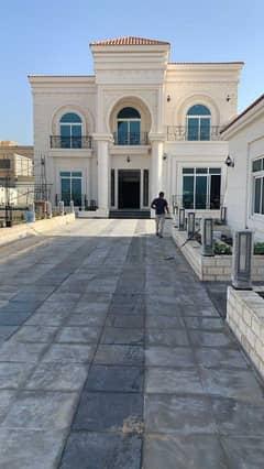 For sale in Sharjah, Al Nouf area, a very beautiful villa on Maliha Str