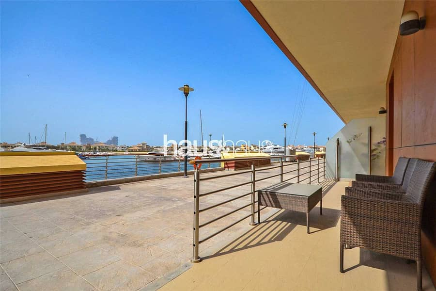 2 Very Rare Property  Private Garage  Large Balcony