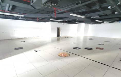 محل تجاري  للبيع في أبراج بحيرات الجميرا، دبي - Retail Space with Amazing Lake View
