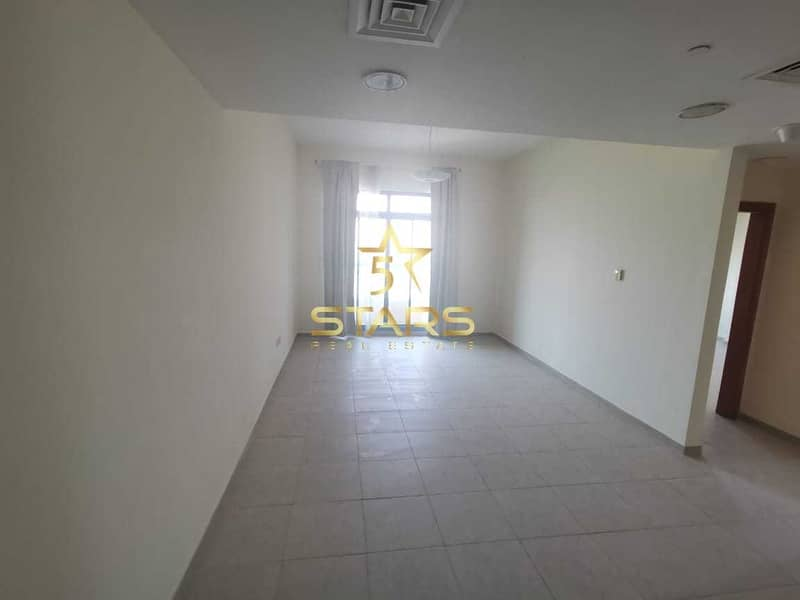 2 Vacant Ready to Move in I High End I Best Location