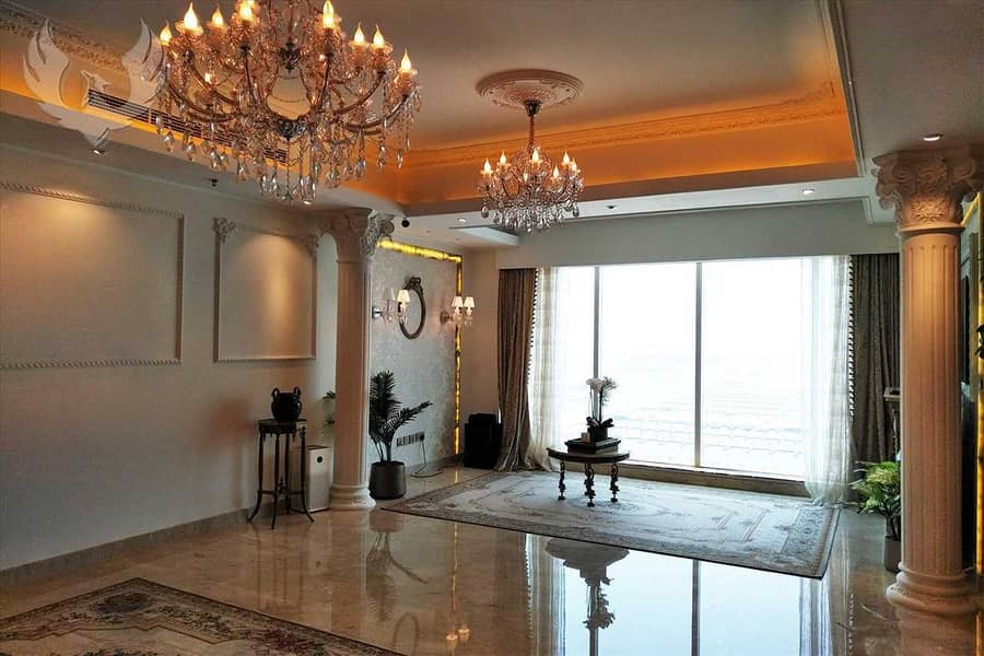 Fully Upgraded Luxury Apartment with Full Sea View