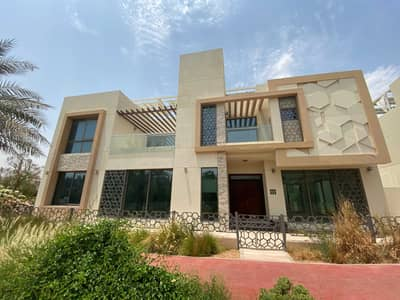 5 Bedroom Villa for Sale in The Sustainable City, Dubai - Luxury 5 Bedroom Signature Villa | Private Pool | Currently rented