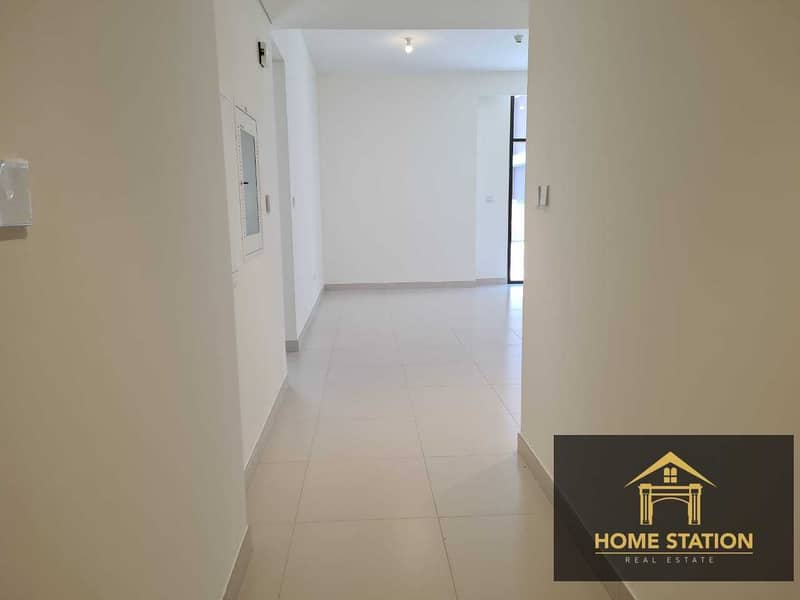 2 BE THE FIRST TENANT IN A VERY SPACIOUS 2 BEDROOM APARTMENT