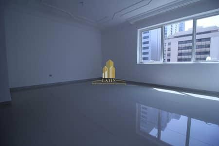 شقة 2 غرفة نوم للايجار في شارع الشيخ خليفة بن زايد، أبوظبي - GOOD DEAL! | 2 BR apartment in a prime location!!