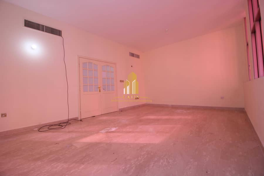 2 Sea view! 3 BR | master room and cabinets & balcony!!