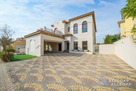 4 Bedroom Villa for Sale in Jumeirah Golf Estates, Dubai - New Listing - Golf View - Vacant on Transfer