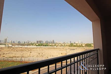 2 Bedroom Apartment for Rent in Jumeirah Golf Estates, Dubai - 2 Beds   Upgraded Flooring   Available Now