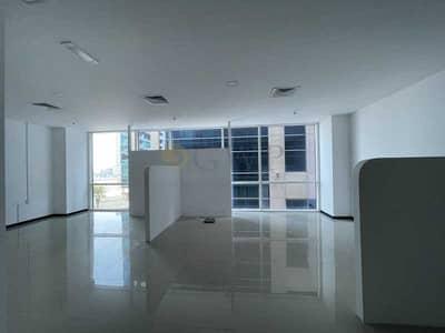 مکتب  للايجار في الخليج التجاري، دبي - Fitted partition Office in Bay Square/Business Bay