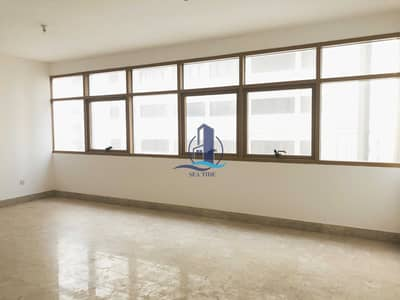3 Bedroom Flat for Rent in Liwa Street, Abu Dhabi - Excellent 3 BR Apartment with Maids Room