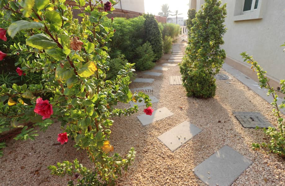 HOT DEAL 5BR  VILLA WITH PRIVATE POOL | NEAR TO CLUB HOUSE
