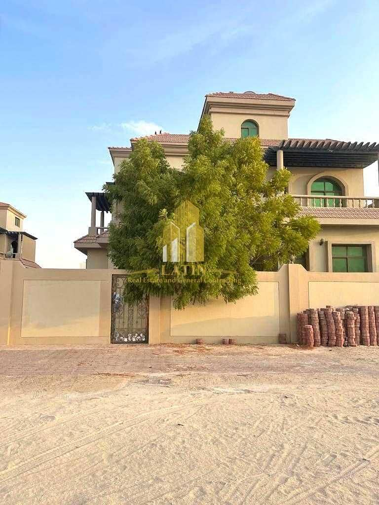 30 Special price! 5 Bedroom +Maid's VILLA In MBZ  city | Parking slots shaded & storage area!