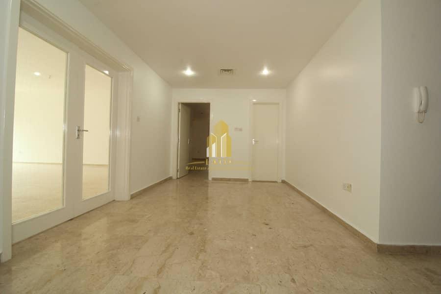 2 Bright & spacious 4 BR apartment +Maid's room ! | Premium location and convenient view & interior!