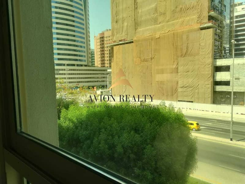 2  Specious 1BR Ready To Move In With Balcony 