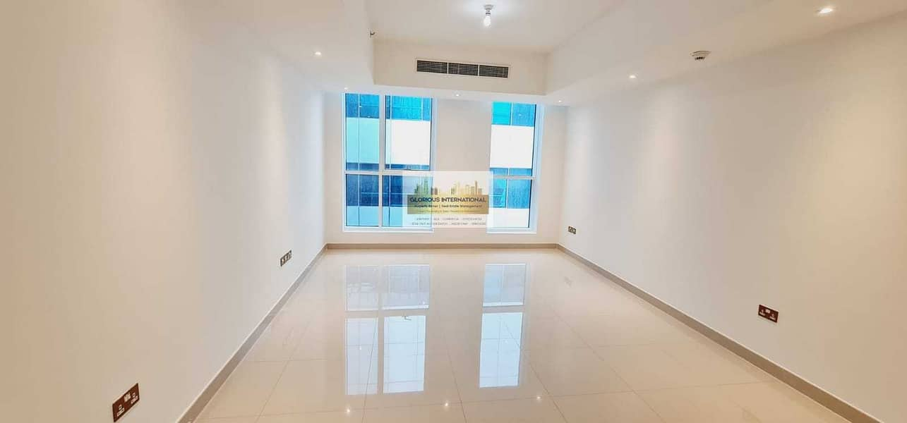 2 Excellent 2BHK with Balcony w/ Lovely View!