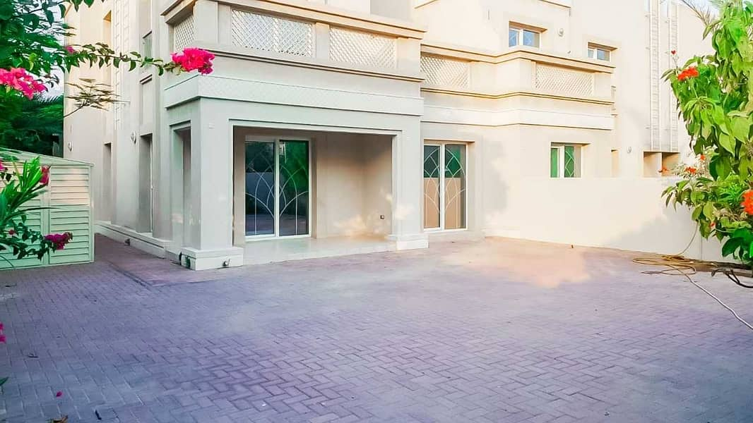 فیلا في فلل السدر واحة دبي للسيليكون 3 غرف 3400000 درهم - 5353622