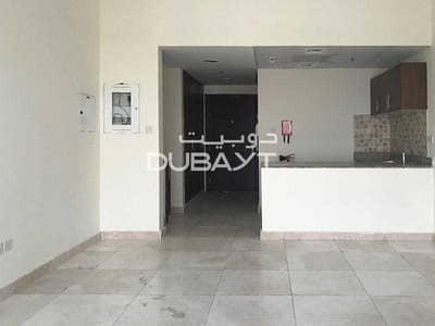 استوديو  للايجار في الخليج التجاري، دبي - Vacant