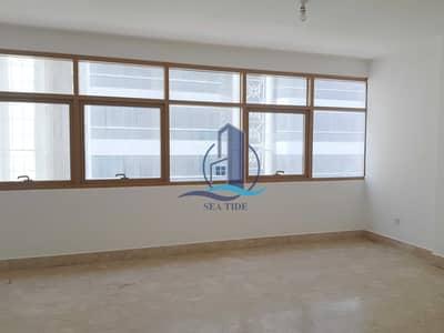 فلیٹ 2 غرفة نوم للايجار في شارع ليوا، أبوظبي - Very Affordable 2 BR Apartment with Balcony