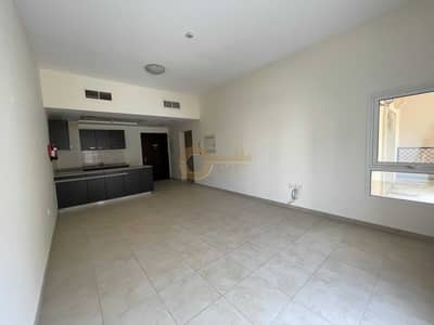 1 Bedroom Apartment for Sale in Remraam, Dubai - Bright and spacious 1bed  open kitchen terrace