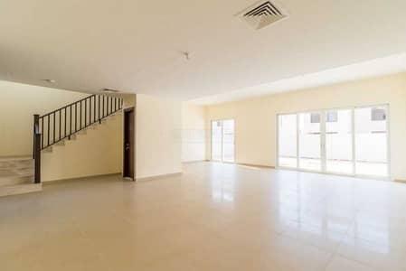 تاون هاوس 4 غرف نوم للبيع في مويلح، الشارقة - تاون هاوس في الزاهية مويلح 4 غرف 2700000 درهم - 5353955