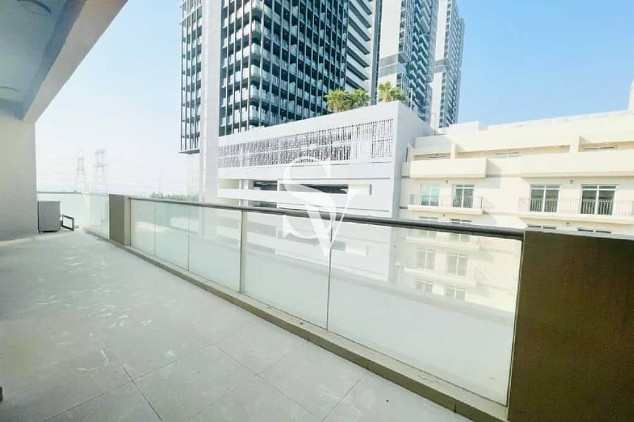 2 Bed with Laundry | Near to JSS