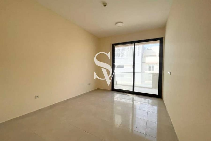 2 2 Bed with Laundry | Near to JSS