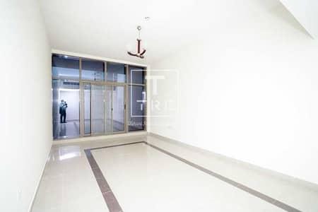 فلیٹ 2 غرفة نوم للايجار في برشا هايتس (تيكوم)، دبي - High Floor   Near Metro   Balcony   Family Bldg