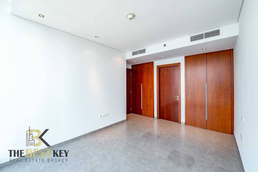Great Offer/ Good View/ Great Location Apartment