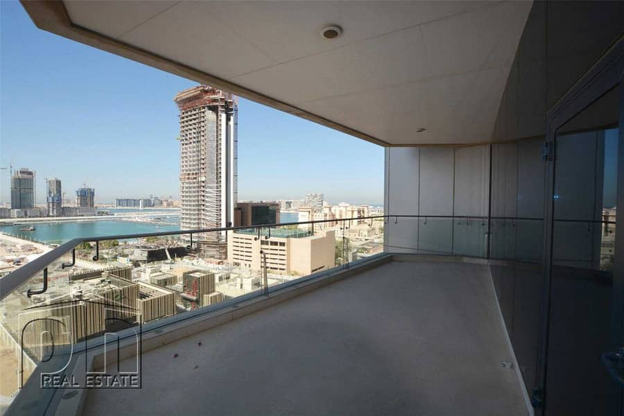 18 VIP   Luxury Building   Sea View   Available October