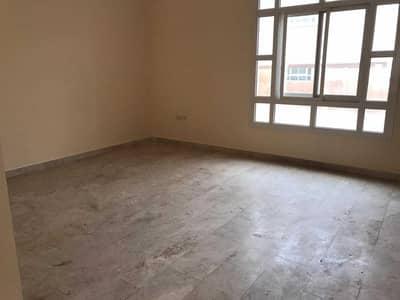 فیلا 4 غرف نوم للايجار في مدينة محمد بن زايد، أبوظبي - فیلا في المنطقة 2 مدينة محمد بن زايد 4 غرف 115000 درهم - 5354735