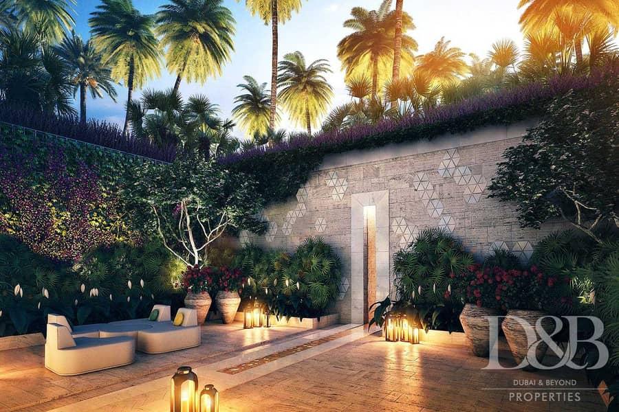 17 Top Tier Townhouse   Garden Area Of Dreams
