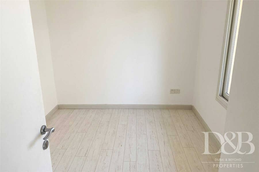18 3 Bed Plus Study | Upgraded | Vacant