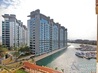 2 Bedroom Flat for Sale in Palm Jumeirah, Dubai - C Type | Sea and Pool View | 2 Bed