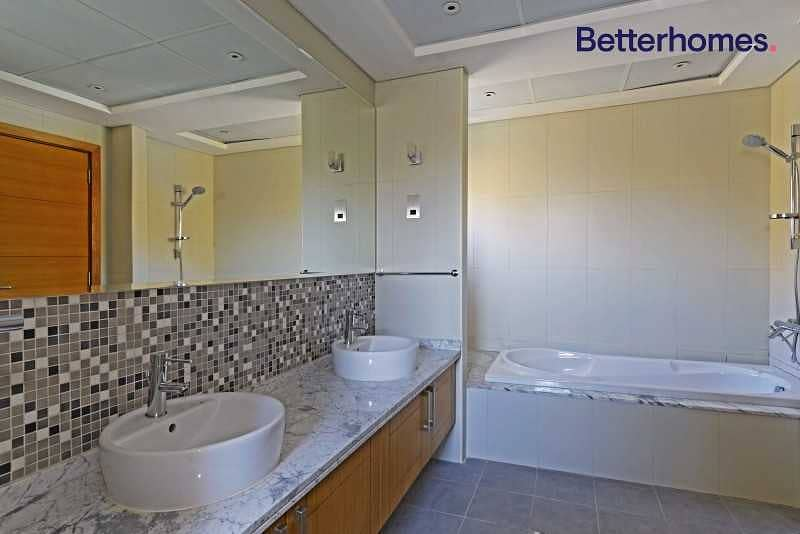 16 Single Row   Private Pool   5 bed   Unfurnished   Vacant