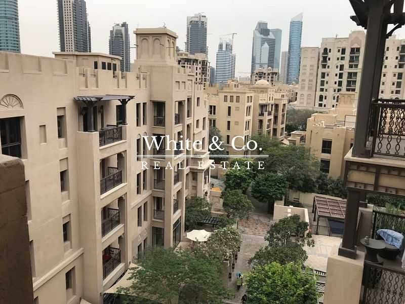 HIGH FLOOR | WELL MAINTAINED | COMMUNITY VIEW