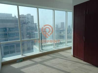 استوديو  للايجار في مدينة دبي الرياضية، دبي - Huge Layout I Vacant I Studio Apartment