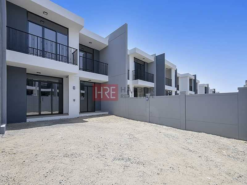 Brand New   3-Bed Villa   Ready to Move In