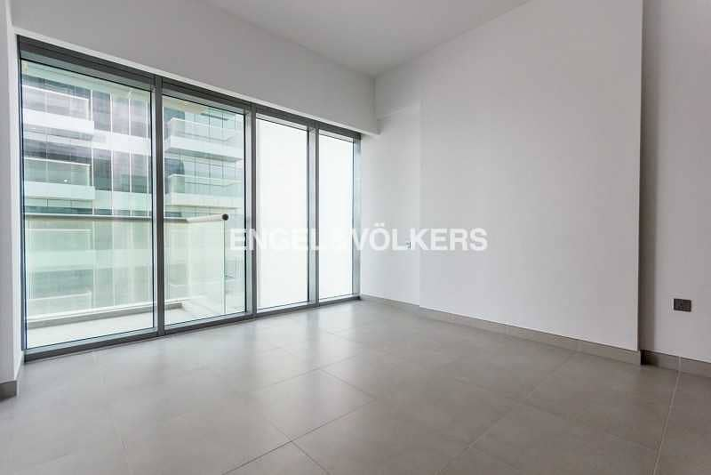Open View   Spacious   Floor to Ceiling Glass
