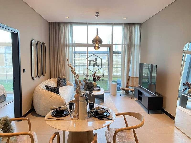 5% Booking   NO agency fees  High Ceiling 2.8m