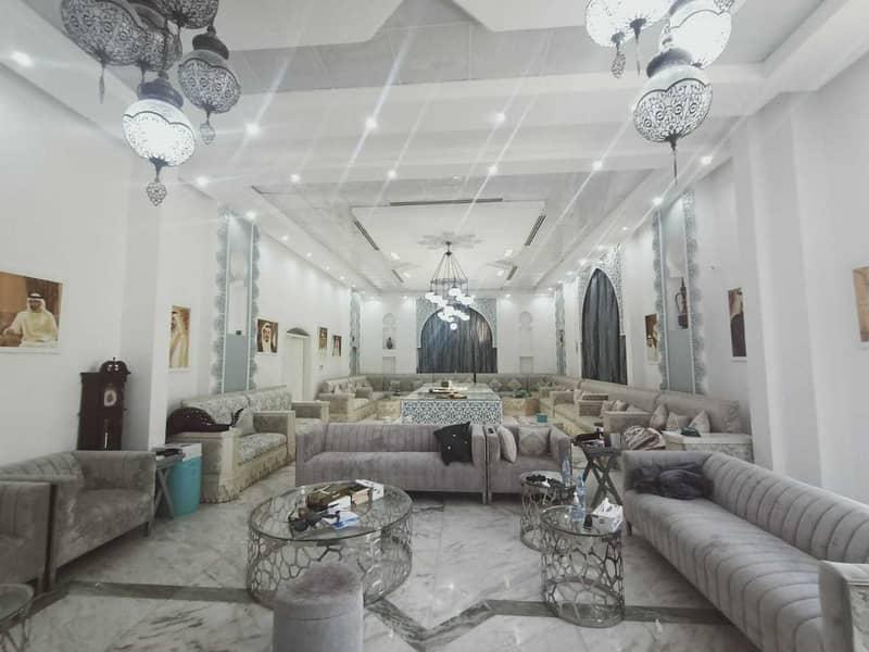 huge villa very wide 12 MB in ALkhawaneej 1
