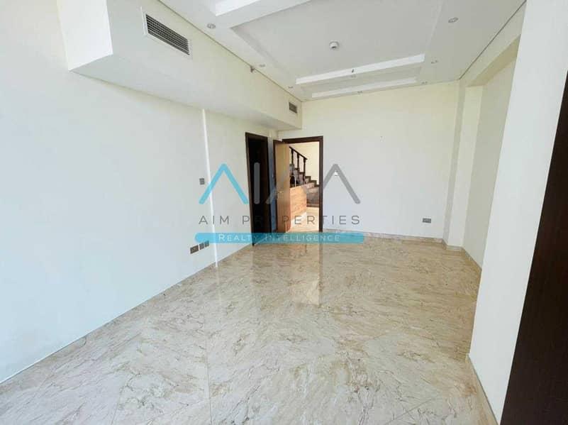 GRAND 1700SQFT 3BR Duplex With Beautiful Villa View To Rent
