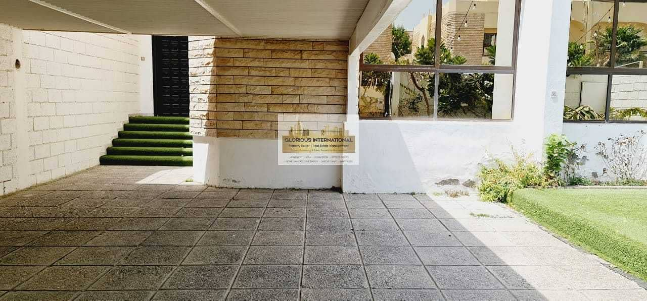 21 Appealing Villa w/ Garden in Khalidiya Corniche