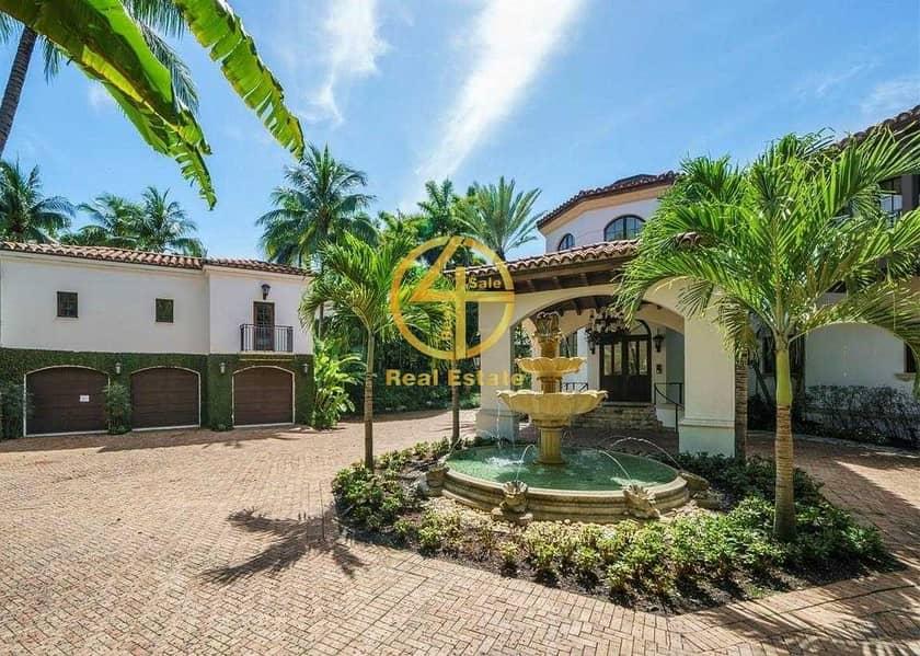 Modern LUX  Villa in Good Loc