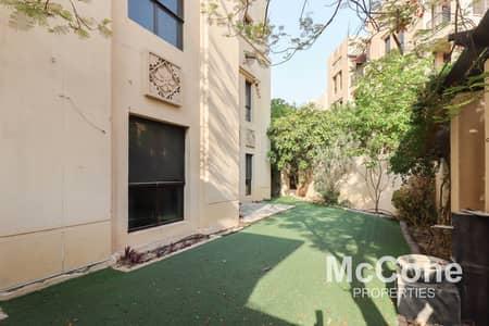 شقة 3 غرف نوم للايجار في المدينة القديمة، دبي - Large Private Garden | Spacious | Keys In Hand