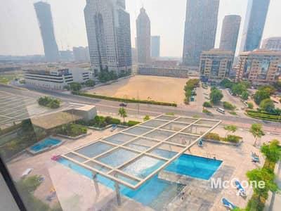 استوديو  للايجار في مركز دبي المالي العالمي، دبي - Spacious & Bright | Pool Views | Keys In Hand