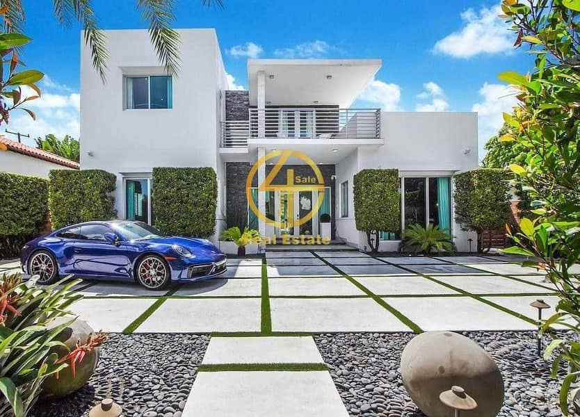 2 Beautiful and LUX VIP Villa in great location